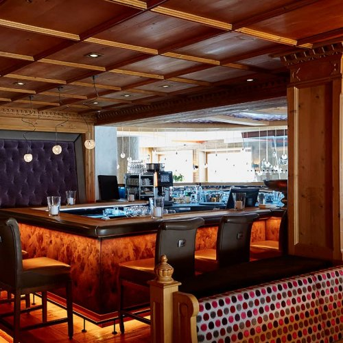 Auriga Hotelbar schlichtweg elegant