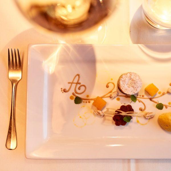 Wahre Gaumenfreuden in einem der besten Hotels in Lech