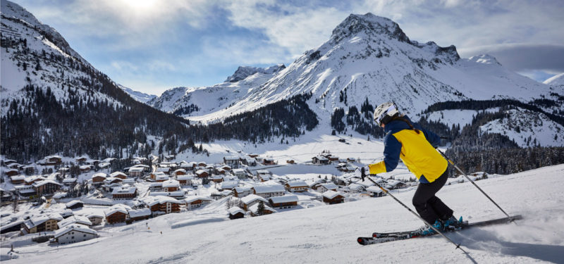 Skiing in front of impressive mountain scenery in Lech am Arlberg