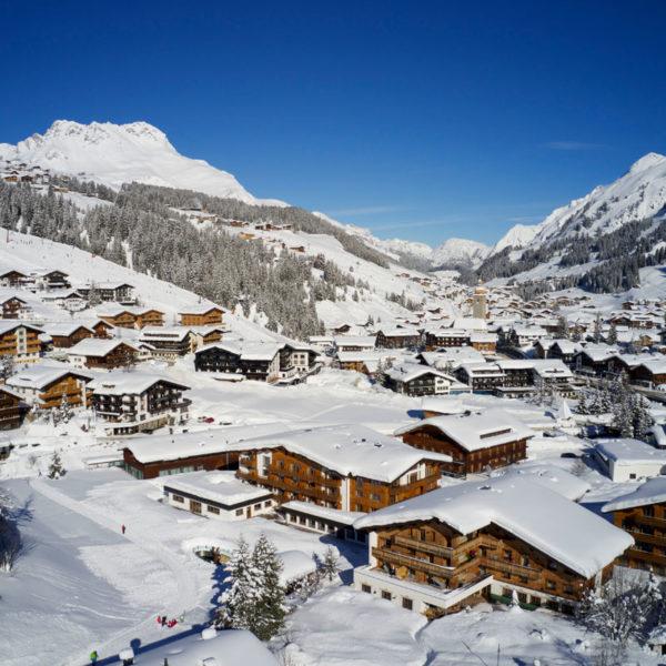 Lech am Arlberg in winter - Hotel Auriga