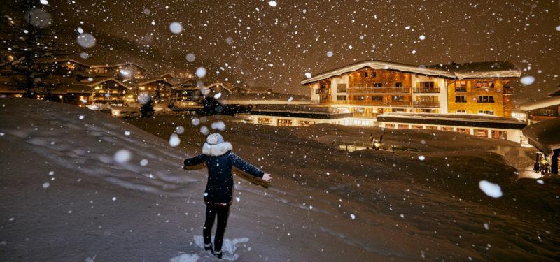 Schneetreiben vorm Hotel Auriga - 4 Sterne Superior