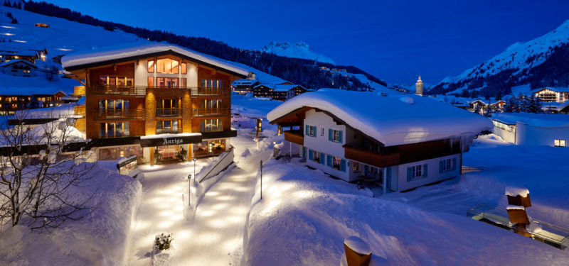 Winterliches 4 Sterne superior Hotel Auriga in Lech