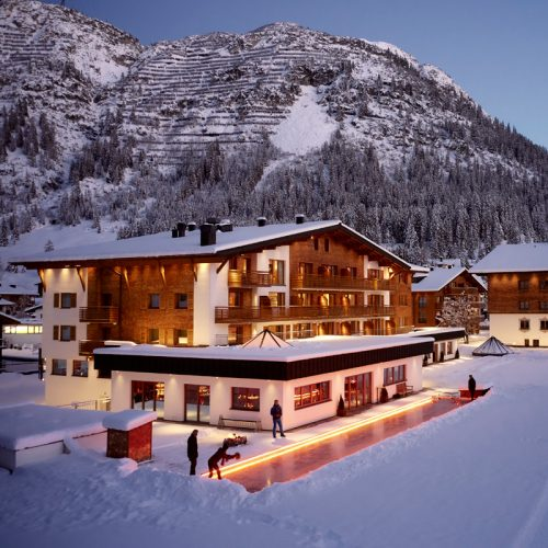Hotel Auriga in Lech - your Hotel with own curling rink