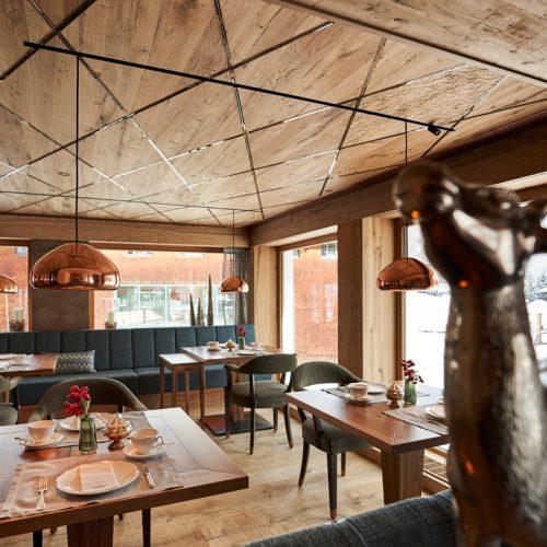 Dining room in the Hotel Auriga in Lech am Arlberg